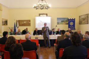 """Il Reggimento Logistico """"Garibaldi"""" ed il Rotary Club sulle orme della Real Razza di Persano"""